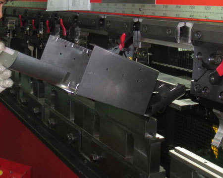 Sheet Metal Fabrication Press Break Bending